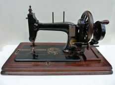 Beautiful antique Singer sewing machine - made in 1873.