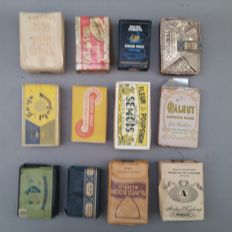 Lot of 12 unopened packs of tobacco - 1st half 20th century