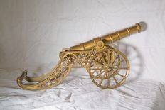Large copper/brass Cannon