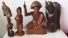 Lot with four woodcarvings - Bali - Indonesia