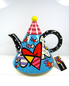 Romero Britto - Teapot Flying Heart Large
