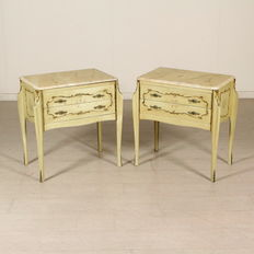 Pair of nightstands - Italy - 20th century