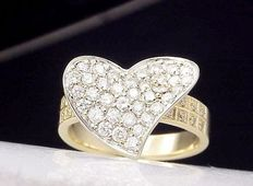 Gold, diamond designer ring weighing 1.00 ct in total