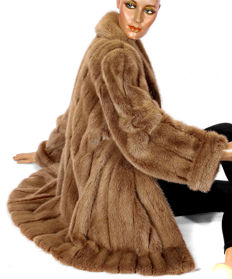 High quality Bogner mink fur coat, light and soft mink jacket