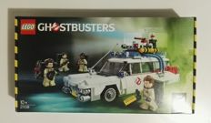 Ideas - 21108 - Ghostbusters Ecto-1
