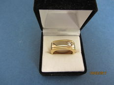 18 kt white and yellow gold with diamond of 0.34 ct - size: 19 mm