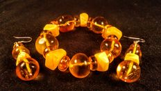 Genuine Baltic amber honey and white colour bracelet and earrings, 58 grams
