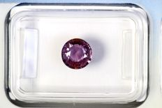 Colour changing sapphire, 1.05 ct