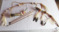Indian Society Leaders Wand and bow and arrow set - Reproduction dating from late 1980s/early 1990s