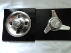 1 Alfa Romeo middle wheel cover made of stainless steel - approx. 23 cm x 23 cm / 1 Alfa Romeo central lock - approx. 24 x 21 cm