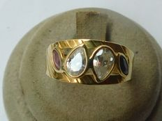 Gold ring (18 kt) with gemstones 17 mm