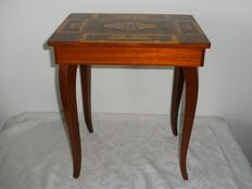 Marquetry table with good working music box-origin Italy