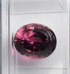 Colour change rubellite tourmaline - 3.20 ct.