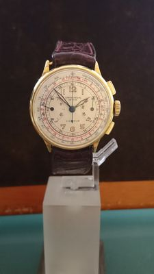 Universal Genève – Gold Compur wristwatch from the '40s