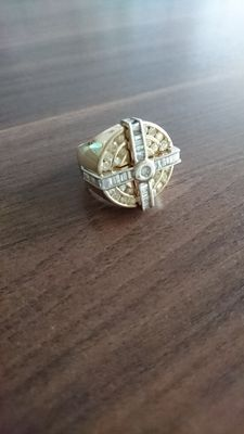 Bi-colour 14 kt gold men's ring with diamonds of approx. 2.85 ct - size: 20