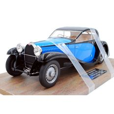 Pantheon - Scale 1/18 - Bugatti Type 46 profile 1933 - Blue / Black