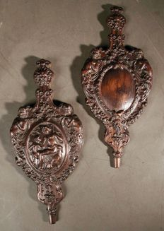A pair of rare original hand carved wooden pair of bellow molds - Netherlands - 19th century