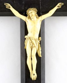 Ivory crucifix - Spain - 19th century