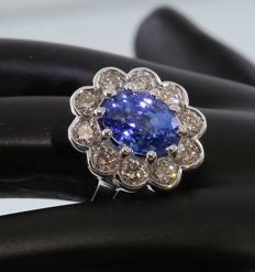 White Gold, IGI Certified designer 3.83. ct. Blue Sapphire and 1.11 ct. diamond Ring- 18 mm x 15 mm -Ring size: 55 1/4 (FR)/17.25 mm