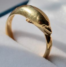 14Kt Gold ring with dolphins  –Size 18