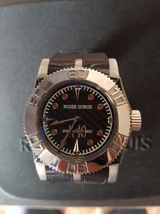 ROGER DUBUIS EASY DIVER - K10 SPORTS ACTIVITY WATCH men watch