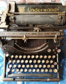 Underwood Standard typewriter No. 3, c. 1920