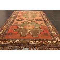 Collector's carpet, Anatolia Milas Kazak, approx. 1940, made in Turkey, 220 x 146 cm, carpet Tappeto rug carpet Tapis Tapijt