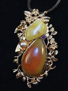 Amber silver pendant with agate and pearl, weight 35 grams