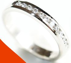 Gold 14 kt, half eternity ring with brilliant cut diamond (approx. 0.30 ct) - diameter size 17.50 mm.
