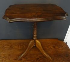 Walnut wine table with contoured table top, mid 20th century