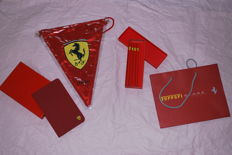 Ferrari: Lot including pennant, pencils and business card holder - 2017