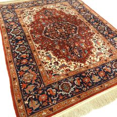 Heriz - 236 x 164 cm - eye-catcher - oriental carpet in gorgeous, mint condition.