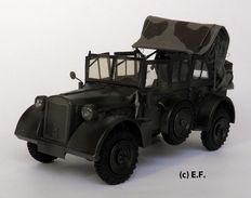 Lineol, Germany - Scale 1/24 (length 21 cm) - Horch Command Car made of tin, 2nd half of 20th century