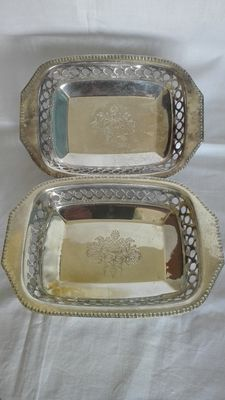 2 Trays-Silver Sheffield Windsor Collection