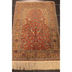 Beautiful handwoven Oriental carpet Kayseri prayer rug. Carpet made in Turkey circa 1950 silk / thread 140x90cm Tappeto Tapis Carpet