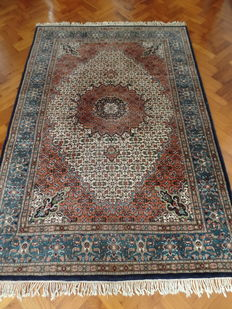 Hand-knotted Indo-Moud carpet, 244 x 170 cm