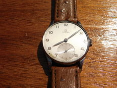 Omega - Men's hand-wound wristwatch dating back to 1947 - Serial number: 11383996 - Calibre: 30T-2 - War time model