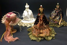 Miniature mannequin with Victorian attire, 2nd half of 20th century