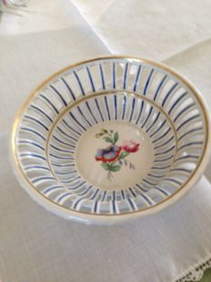 Small porcelain basket Richard Ginori