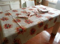 Table linens, tablecloth. 1960s Hand-embroidered. For 12 services.  Hemstitching finish.