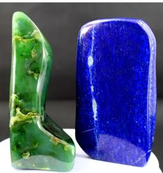Pair of fine Green Nephrite and Royal Blue Lapis Lazuli polished tumbles - 121 and 116mm - 840gm  (2)