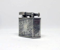 Chiselled silver petrol lighter - Art Decó 20-30s