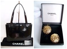 Lot of 2: Chanel Shoulder bag and Chanel Matelassé clip earrings