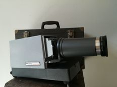 Leitz Prado Universal slide projector 6 x 6 with original case