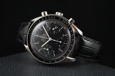 Omega -  Speedmaster Reduced Automatic Chronograph - 2000's