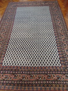 Hand-knotted Indo-Mir carpet, 201 x 301 cm