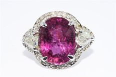 A white gold ring with natural pink tourmalines 7.20 ct and diamonds of 1.36 ct.