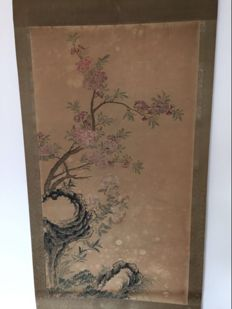 Decorational print scroll of old painting on silk - China - late 20th century