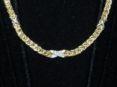 Necklace in yellow gold, white gold and diamonds