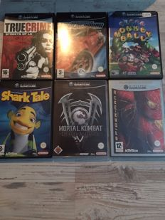 lot of 21 gamecube games, see photos